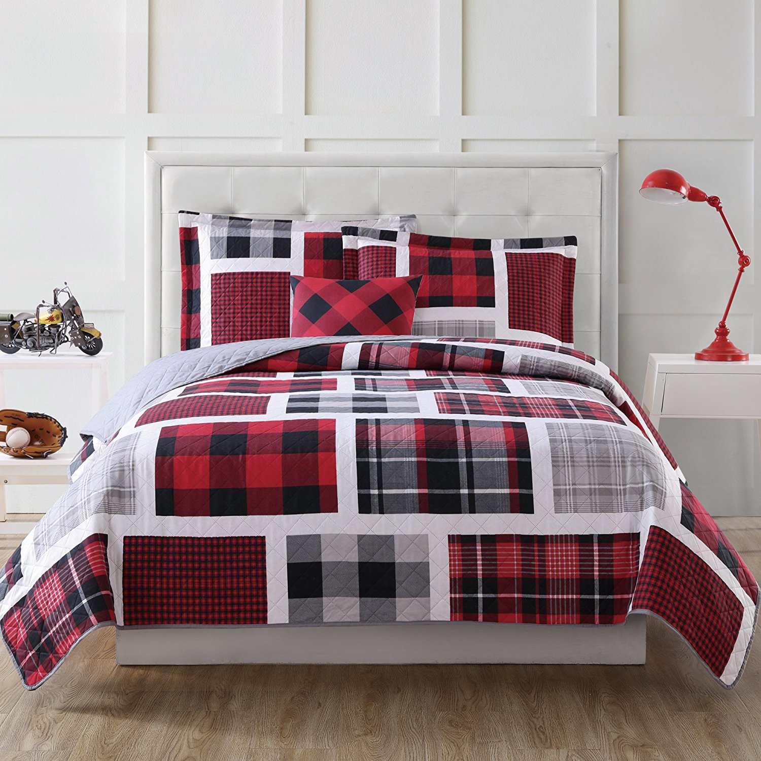 3 Piece Boys Classic Rectangle Plaid Theme Quilt Twin Set, Beautiful Lumberjack Madras Checkered Lodge Hunting Themed, Tufted Reversible Bedding, Cozy Warm Sporty Style, Vibrant Colors Red Grey Black