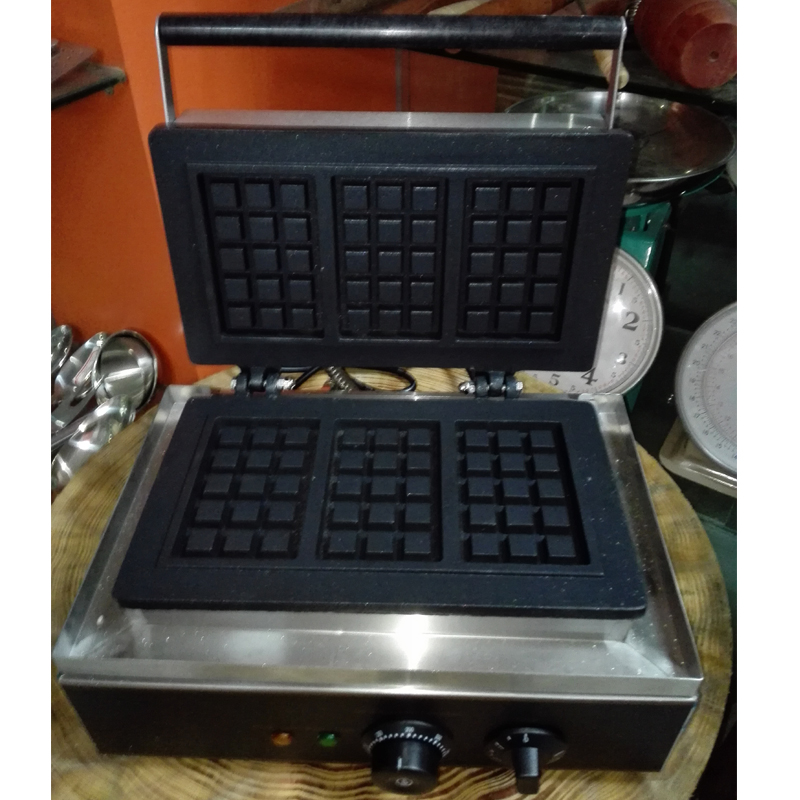 3 Mould Square Shape Stainless Steel Waffle Maker Muffin Machine Waffle Cooker