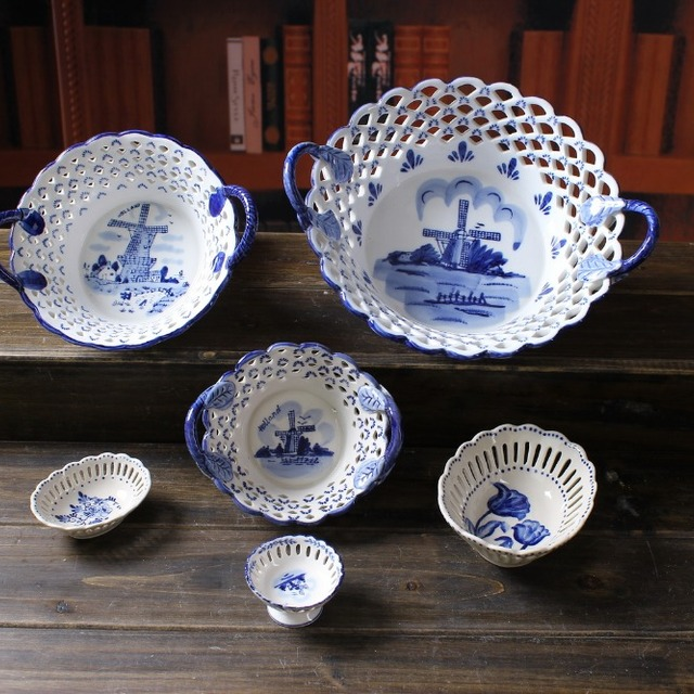 Ceramic Europe style blue and white stoneware holland delft blue open holes fruit snack candy plate & Buy Cheap China blue white decorative plates Products Find China ...