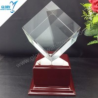 2016 top awards trophies celar k9 crystal cube with wooden base