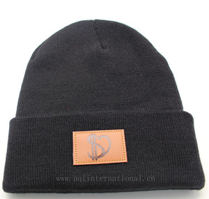 Custom mens beanie hats winter cap men knitted hats with leather patch