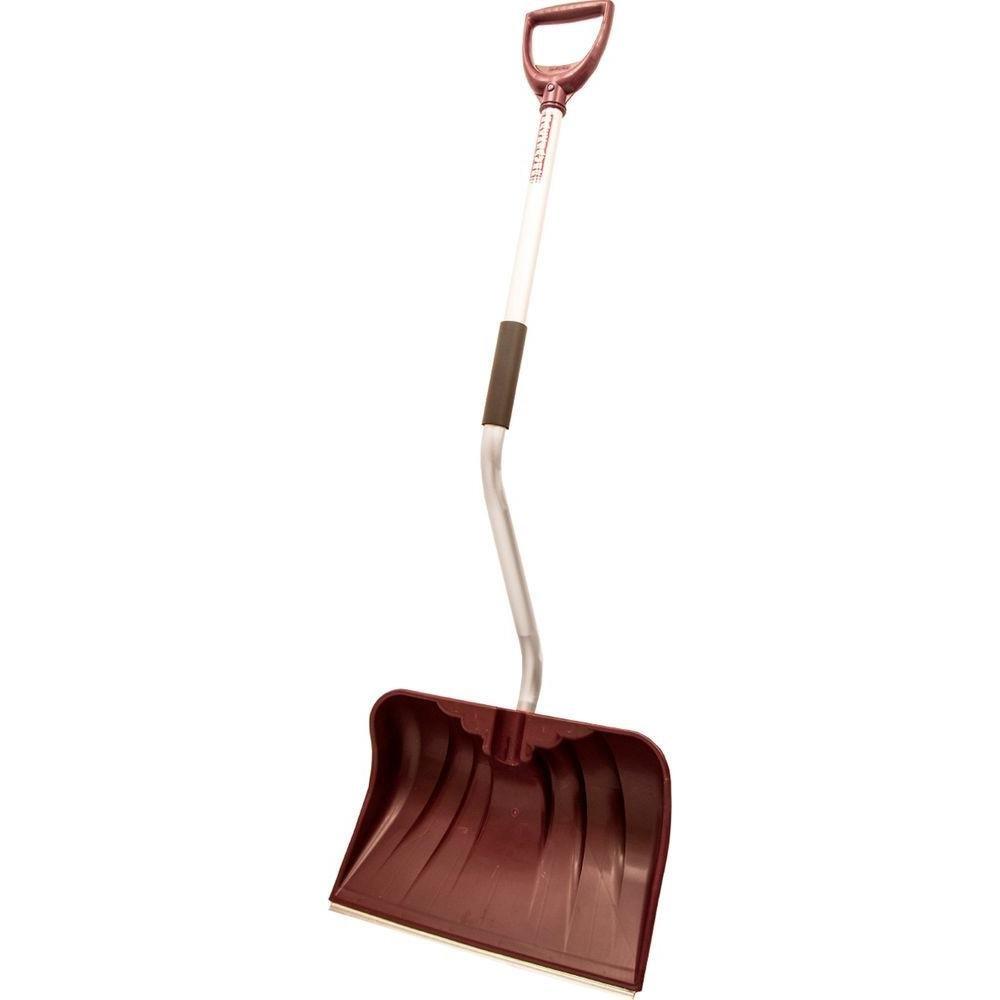 Rugg snow shovels car trunk mat
