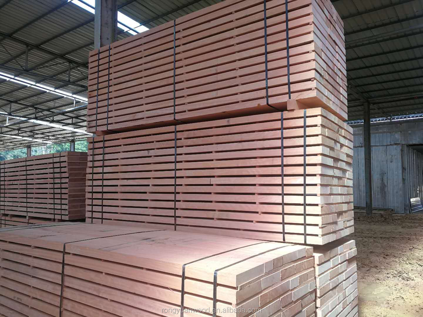 All Grade African Rosewood Okoume Sawn Timber /very High Quality/s4s Kd Or Ad Timbers