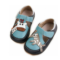 Good Quality Lovely Zebra And Giraffe Decoration Stylish Style Footwear Leather Children Shoe