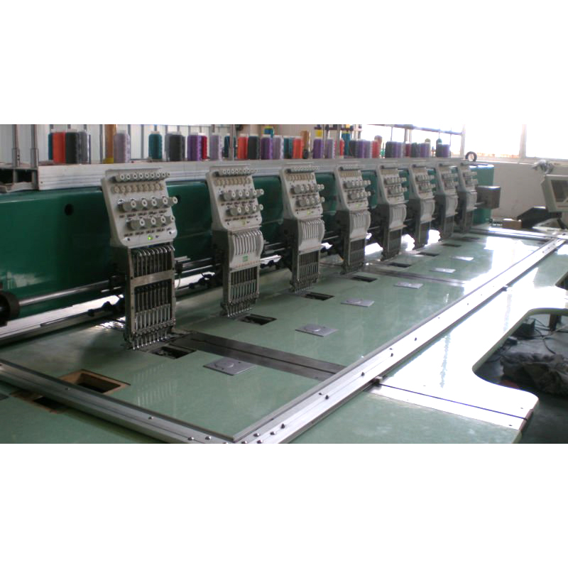 eight heads high speed embrodiery machine