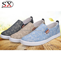 Men canvas shoes slip on simple fashion shoes 2018