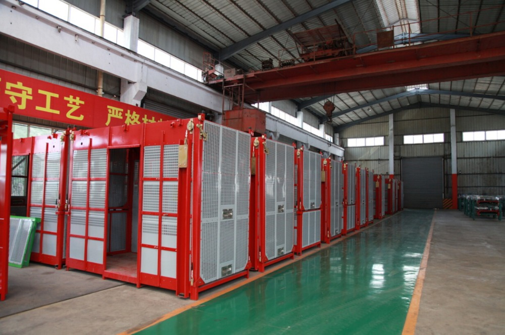4t electric frequency double cage construction hoist for sale in south east asia