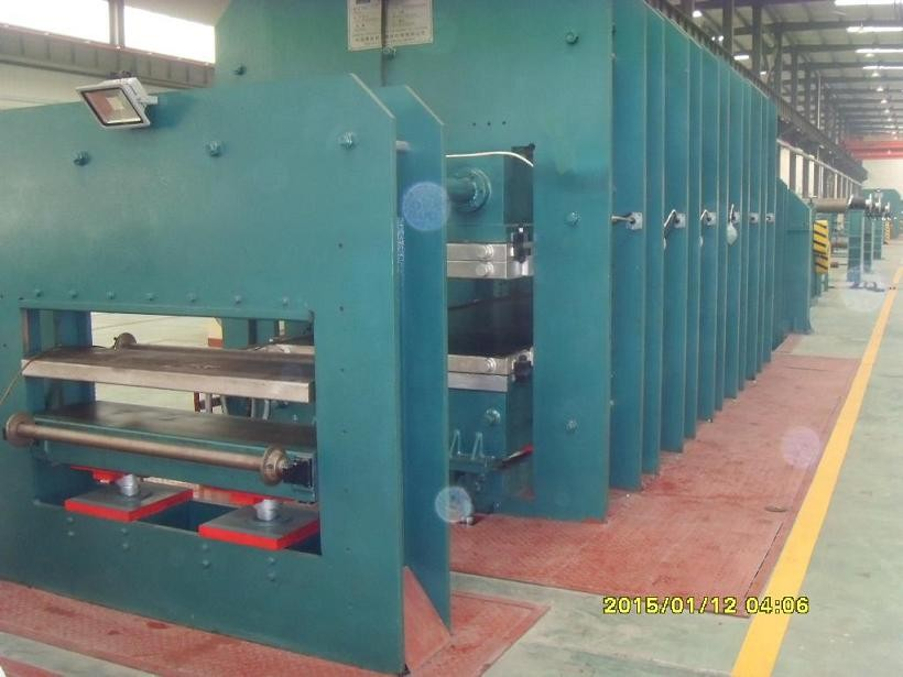 conveyor belt production machine
