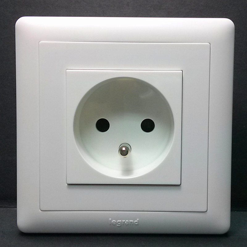 220 Volt Outlet >> This is why Denmark is the happiest country in the world ...