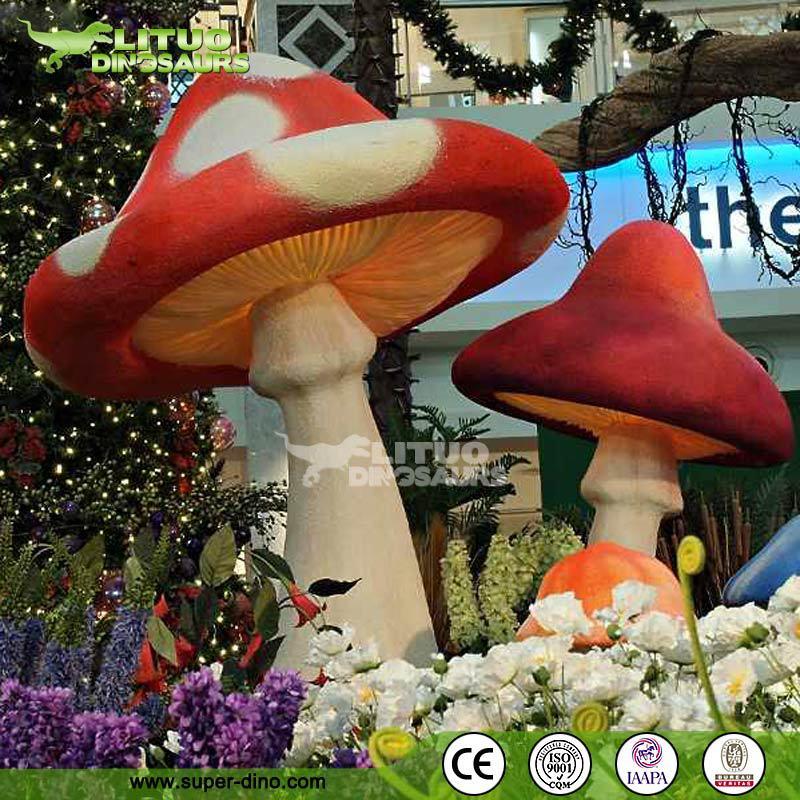 Wonderland Decoration Giant Dreamlike Fiberglass Mushrooms