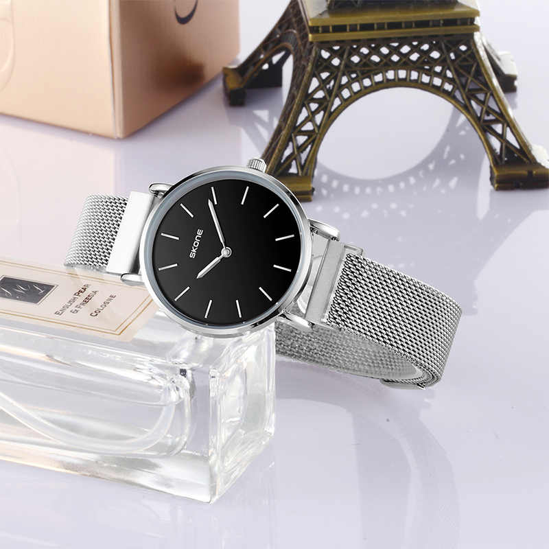 Skone the latest hot selling cool Stainless steel magnet band wristwatch