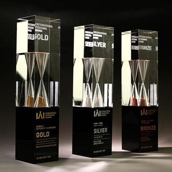 2017 New Design Ideas Best Friend Trophy Cheap Glass
