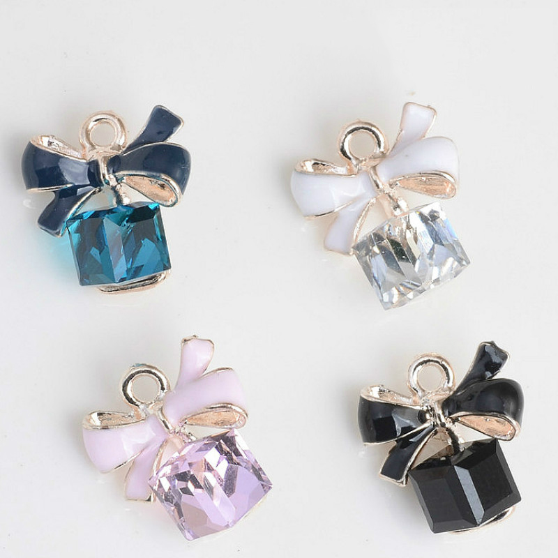 Wholesale New style bow tie pendant crystal pendant for DIY Jewelry making