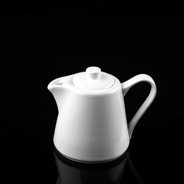 P&T Royal Ware Wholesale White Ceramic 575ml/495ml Teapot Porcelain Coffee Pot for Hotel Restaurant
