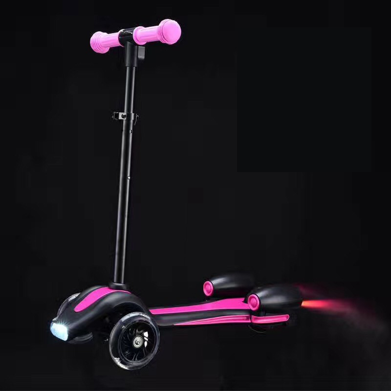 RUNSCOOTERS new toy magnetic fire 3 wheel e scooters for kids