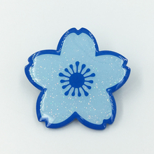 China fabricante flor alfinetes <span class=keywords><strong>de</strong></span> <span class=keywords><strong>lapela</strong></span> com azul <span class=keywords><strong>de</strong></span> metal