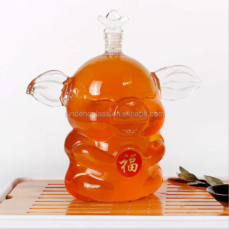 Animal Shaped Borosilicate Glass Bottle Pig Shaped Clear Glass Decanter 1000ml