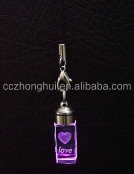 2016 Fashion and mini 3d laser engraving crystal keychain with personal logo