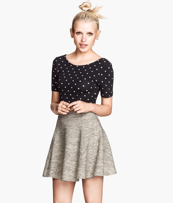 [Image: Circular-Young-Girls-In-Short-Skirts.jpg]