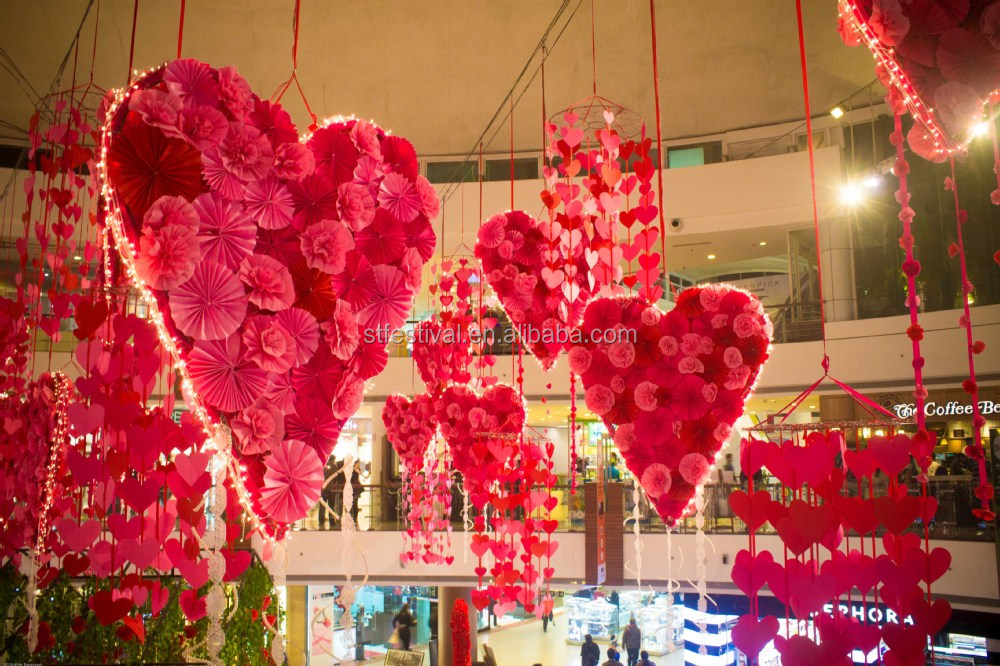 Hanging valentines day decoration for shopping mall
