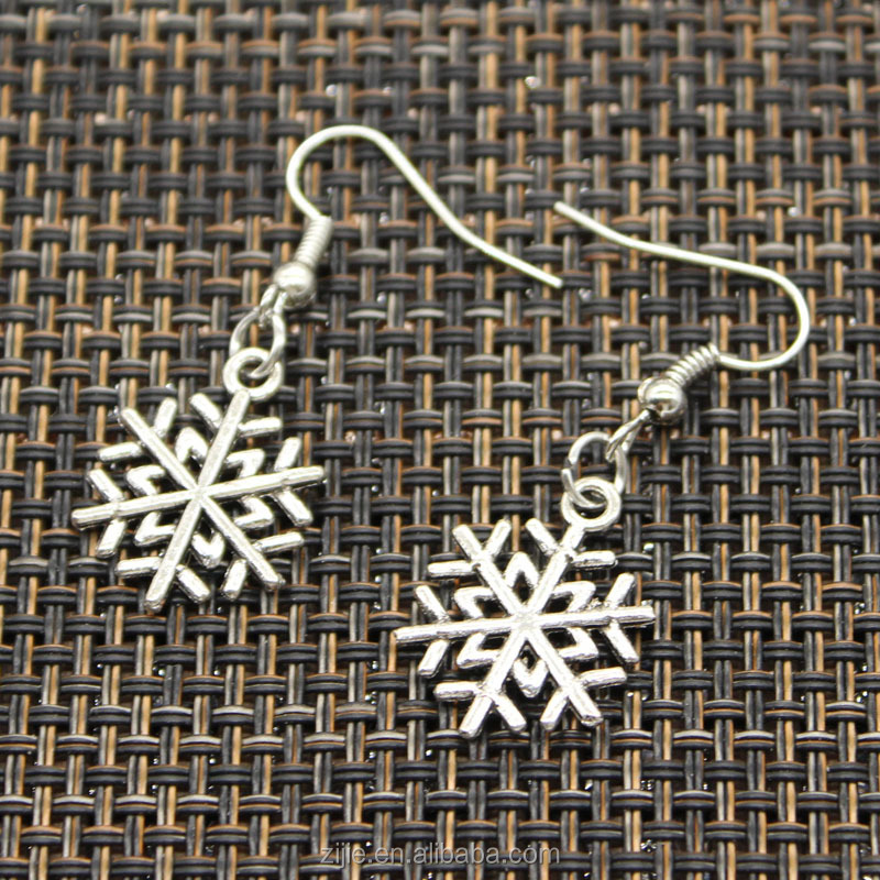 Fashion jewelry Women Antique Silver Plated snowflake snow shaped stud earrings for party