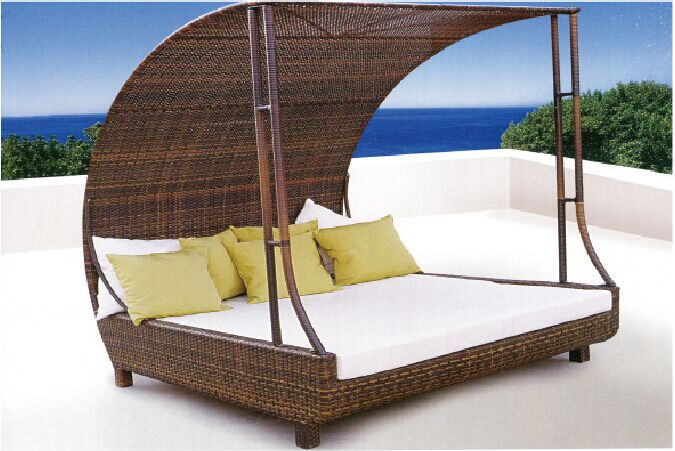 Rattan outdoor pool sofa bed with canopy buy pool bed for Pool canopy bed