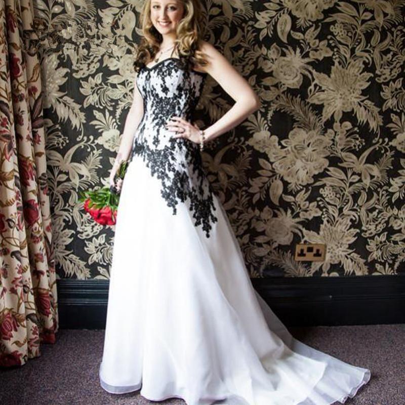Vintage Victorian Wedding Dresses: 2016 Vintage Victorian Gothic Wedding Dresses Black Lace