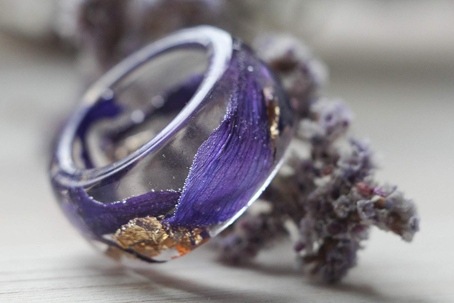 Butterfly Shop Resin ring with real petals and flakes, Transparent resin ring, dark purple flower petals ring, anniversary ring, terrarium resin ring
