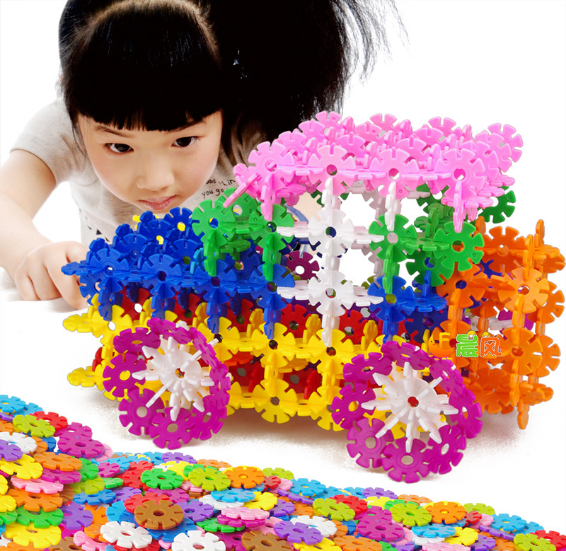 420pcs Non-toxic snowflake construction connecting plastic ABS building block toy