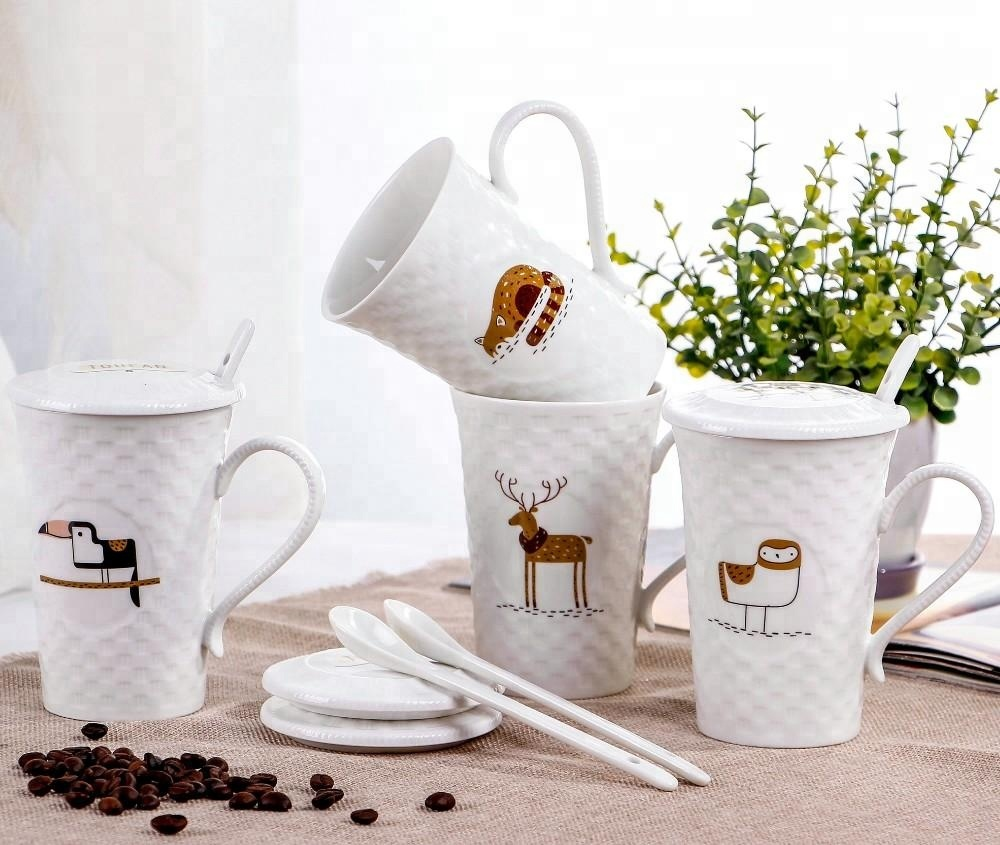 cheap advertising wholesale ceramic coffee mug with lid and spoon factory
