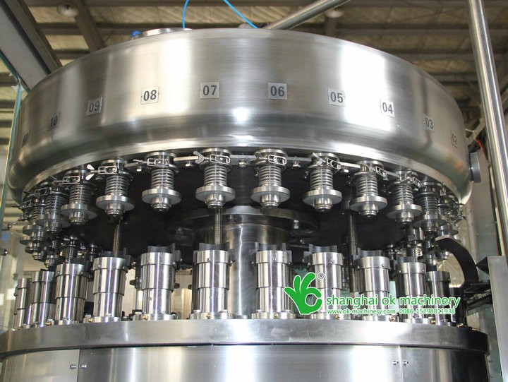 tin can filling machine and seaming machine