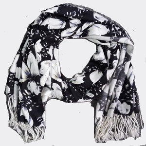 BSCI audit 100% Acrylic custom made Black floral print winter scarf shawl