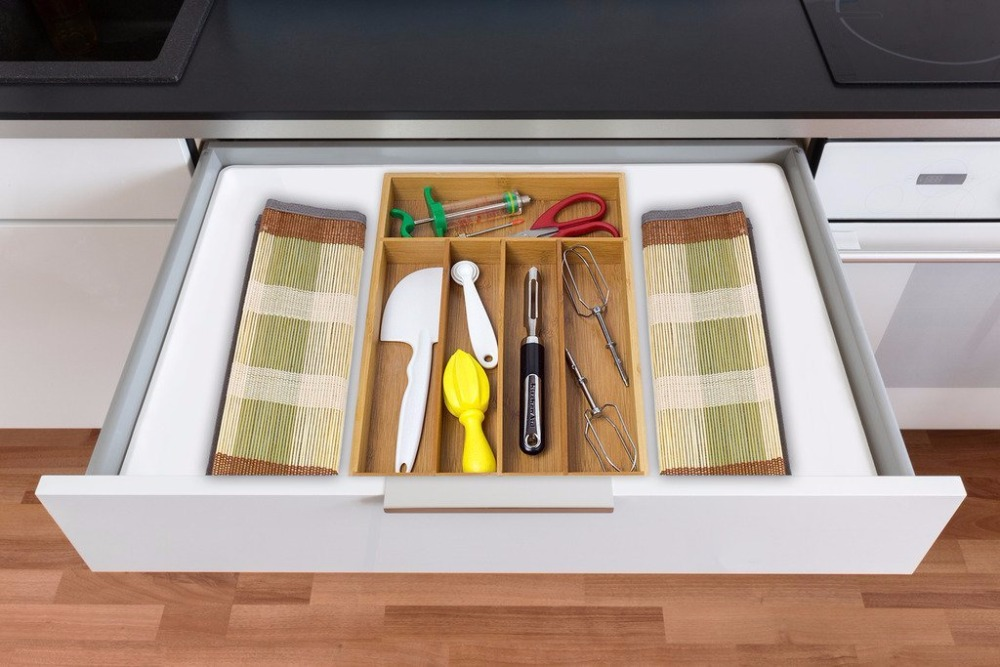 Eco-Friendly-Bamboo-Cutlery-Tray-Kitchen-Cutlery
