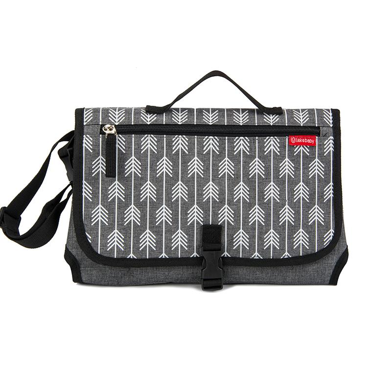 2020 अमेज़न गर्म बेचने फैशन यात्रा निविड़ अंधकार यात्रा पोर्टेबल बेबी डायपर बैग बदलते पैड के साथ नि: शुल्क नमूने