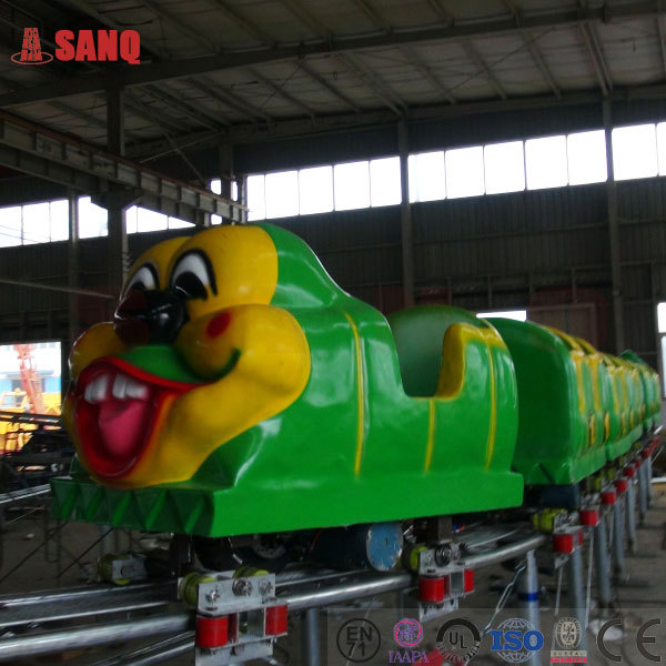 Children playground electric train christmas for kids/Funfair christmas amusement wacky worm electric train