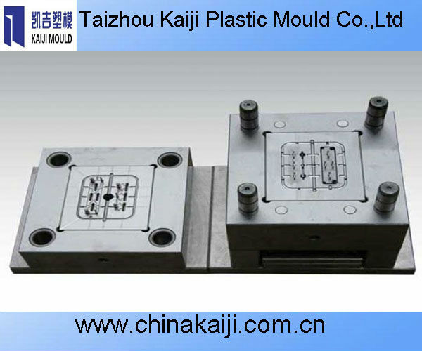 2012 new design high quality injection molding plastic