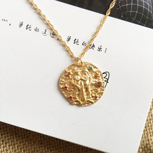Fashion 12 Twelve Constellations pendant Necklace Baroque Style Gold Tone Round Disc Pendant 12 Zodiac Necklace with Crystal