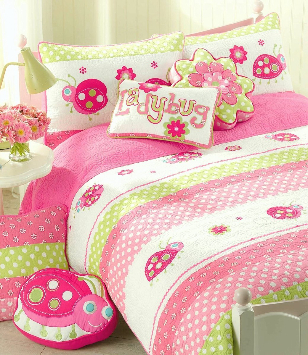 Cozy Line Home Fashions 4-Piece Pink Ladybug Quilt Bedding Set, Green Fuchsia Flower Embroidered 100 % COTTON Bedspread Coverlet Gift for Kids Girls (Twin - 4pc: 1 quilt + 1 sham + 2 Decor Pillows)