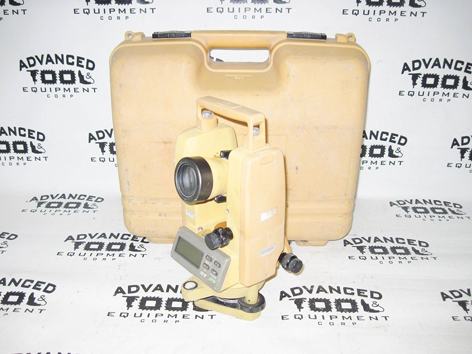 Topcon DT-209 Optical Digital Theodolite w/ Laser and Free Carrying Case DT-