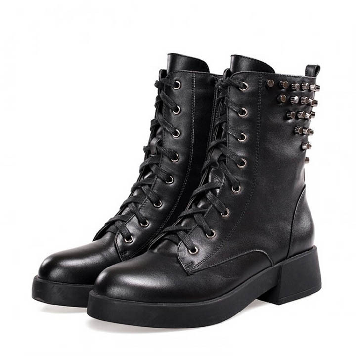 Genuine Leather Women Boots Flat Heel Martin Boots 2015 Womens Rivets Motorcycle Boots Autumn Winter Women Shoes bota feminina