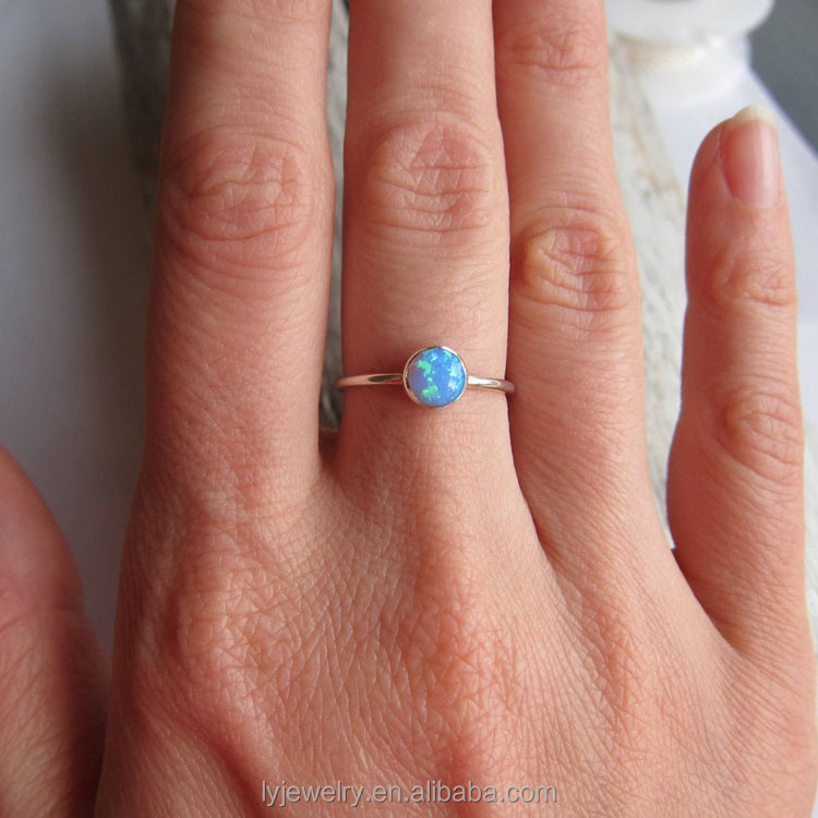 Wholesales Silver opal ring. Blue or white opal ring band. 6mm lab opal LYR0236