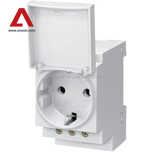 OEM Low MOQ Din Rail Mounted socket with cover