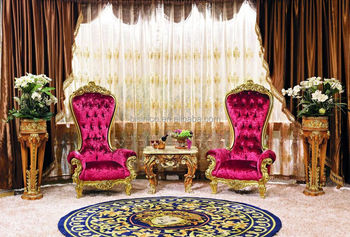 Luxury French Style Living Room Furniture Giltwood High Back Pink Armchair Louis Xv Style Carved Gold Leaf Chair With Table Buy Living Room