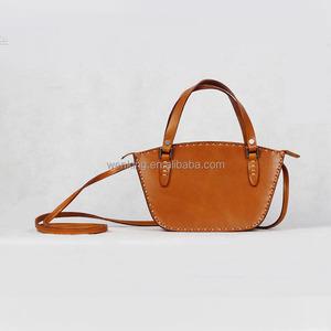 40426d4e13ba 2017Hot-selling Trapezium Shape Vintage Women Handbag Hobo Genuine Leather  Contrast Thick Stitching Shoulder bags