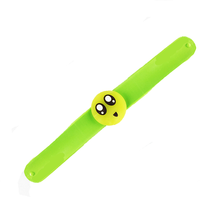 Customized cute personality with glowing smiley bracelet