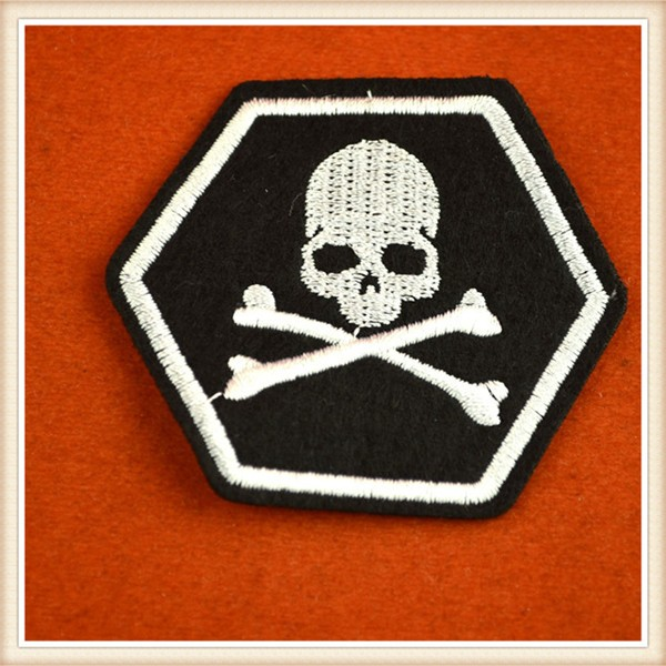Cheap embroidery patches skull pattern for colthing