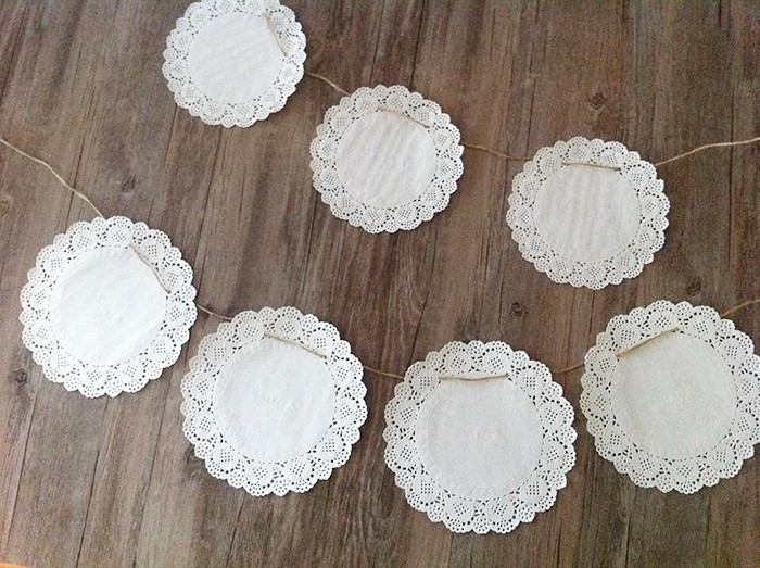 ivory paper doilies