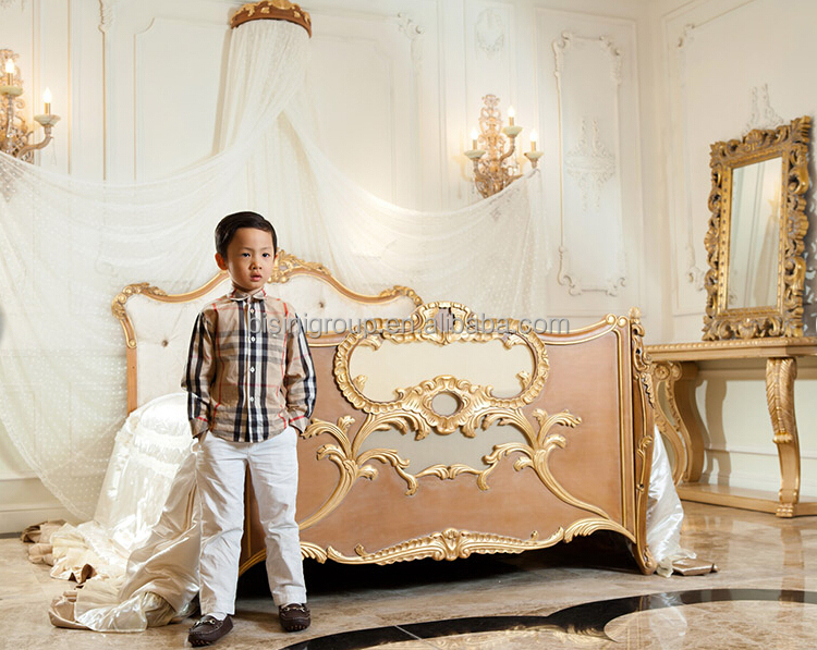 Luxury Royal Crown Customized Color New Born Wooden Baby Bed Crib