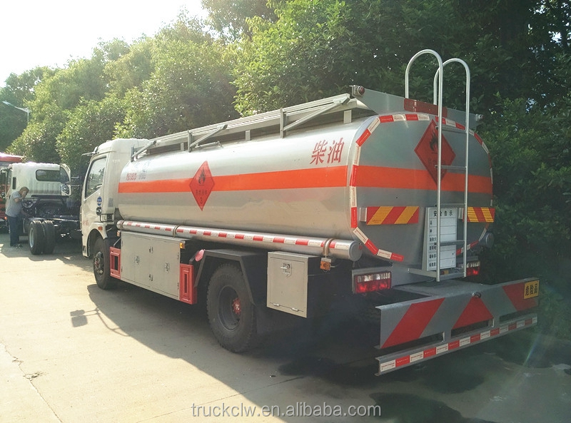 Japan 5000Liters fuel truck tanker truck with good quality