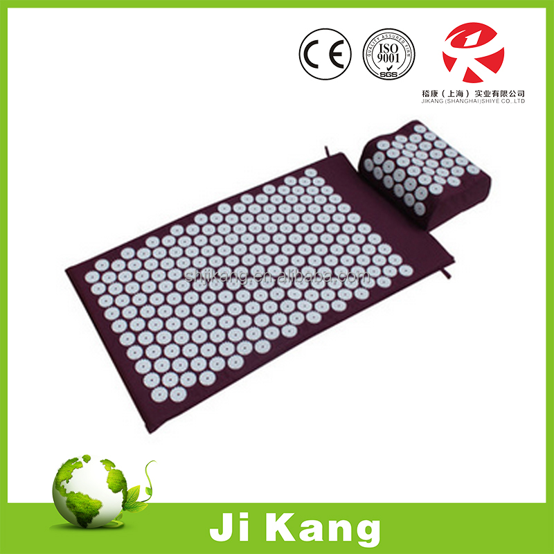 Acupressure mat and pillow with needle/acupuncture mat with bag